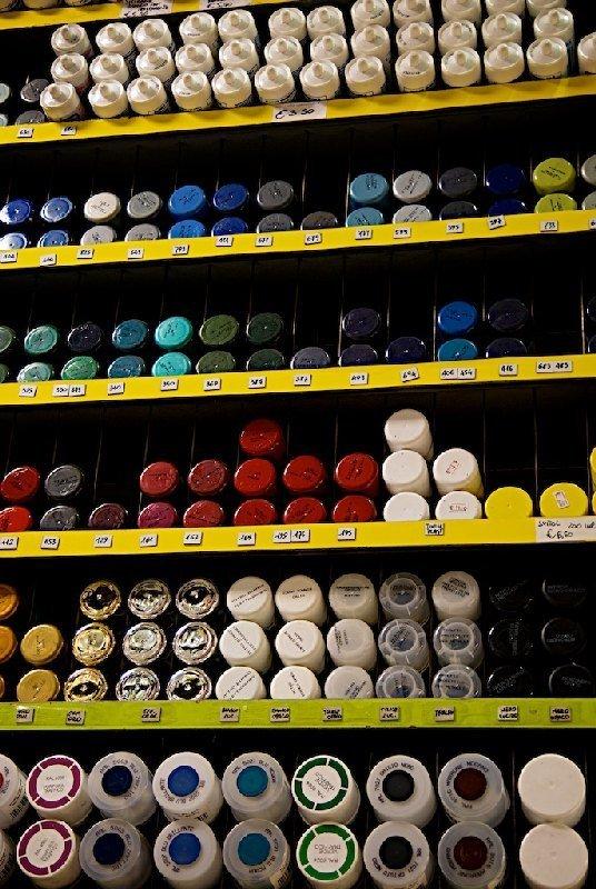 Bombolette spray di diversi colori - Colorificio Faro