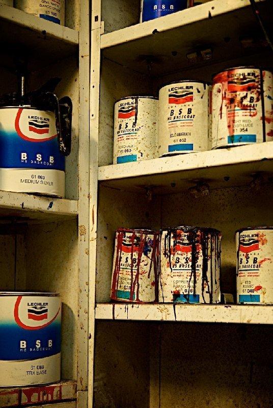 Vernici laboratorio - Colorificio Faro