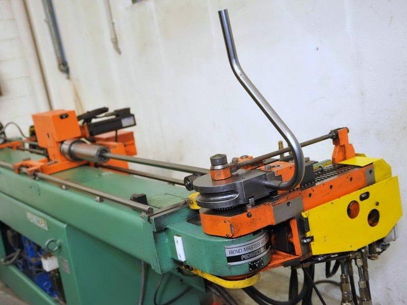 taglio laser e carpenteria metallica lecco bergamo