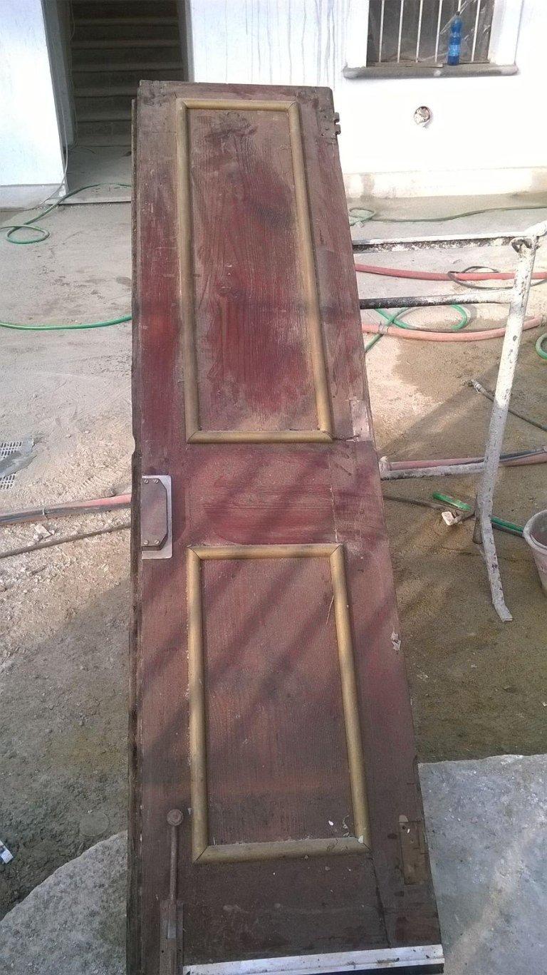 porta da ristrutturare