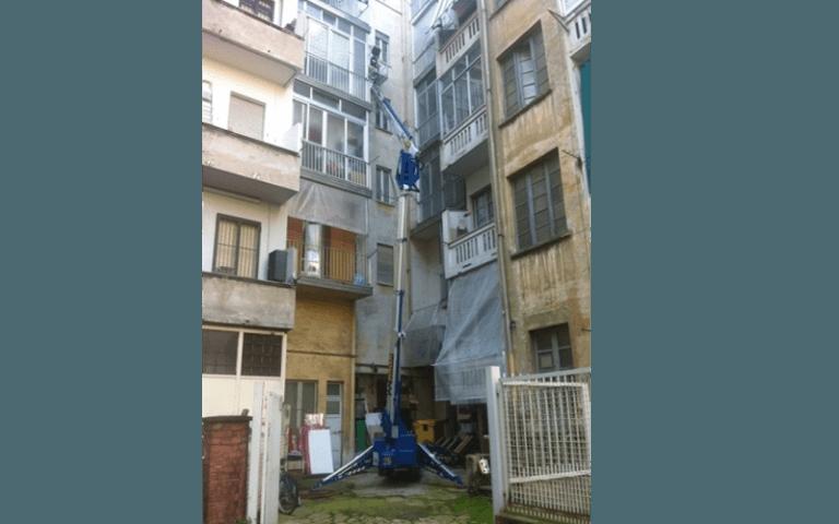 manutenzione della facciata esterna di un appartamento