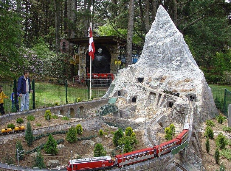 Model of the mountain railways