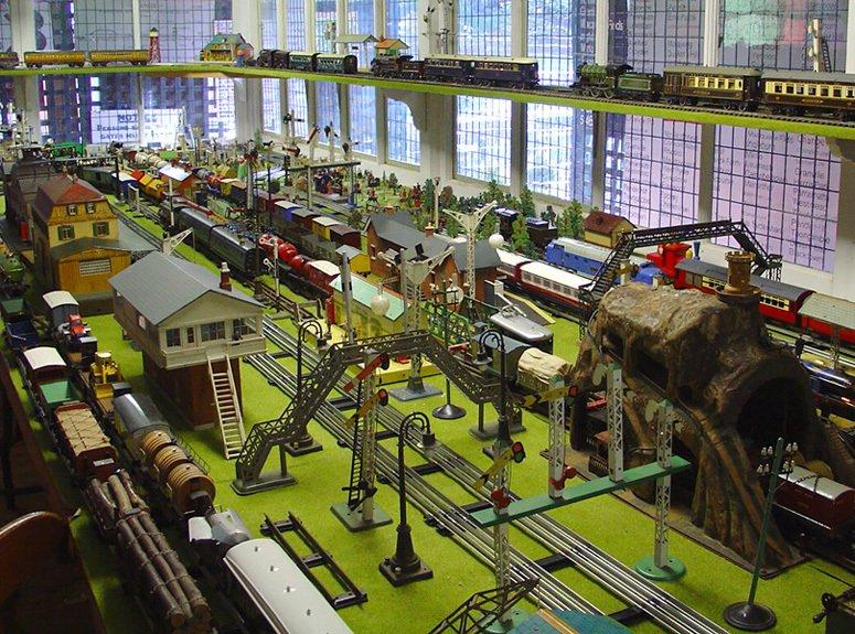 Toy & railway museum