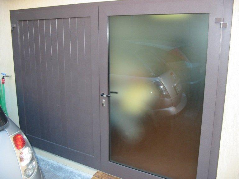 portone garage in alluminio
