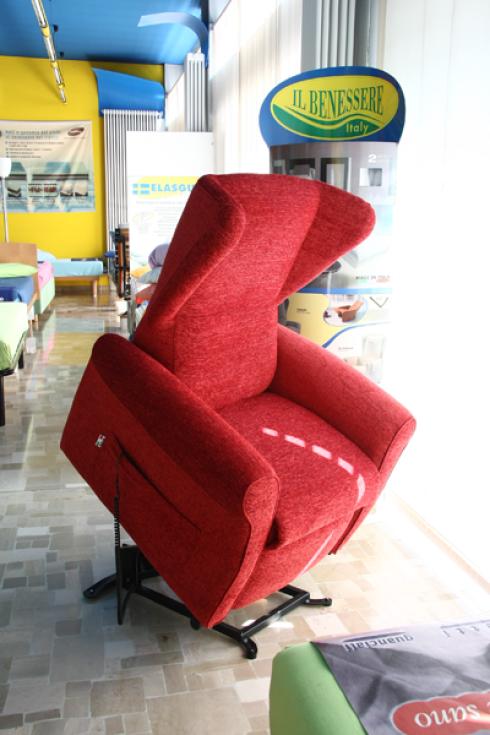 Il nostro negozio si occupa della vendita della poltrona relax del marchio Il benessere.