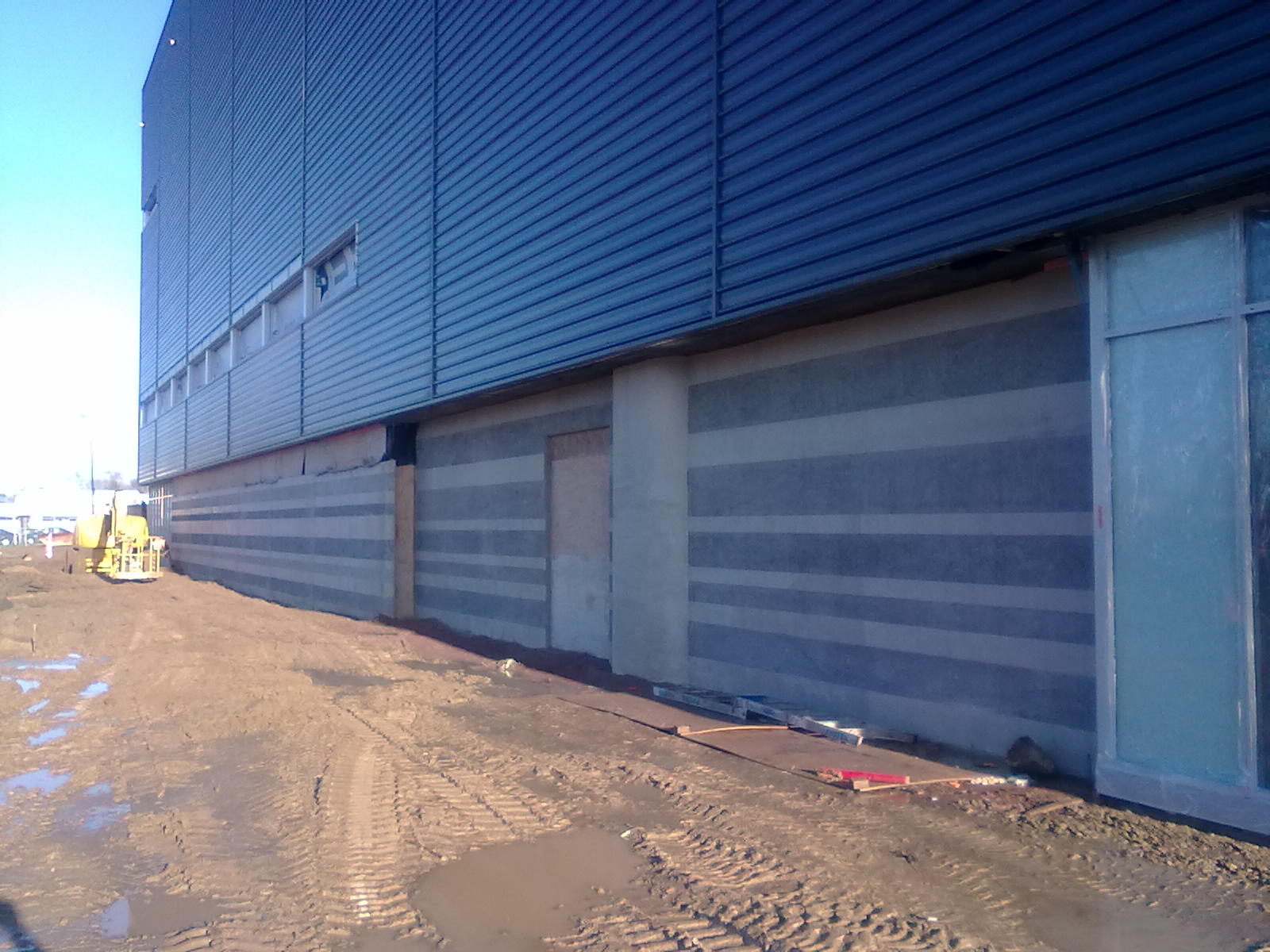 Industrial corrosion removal services