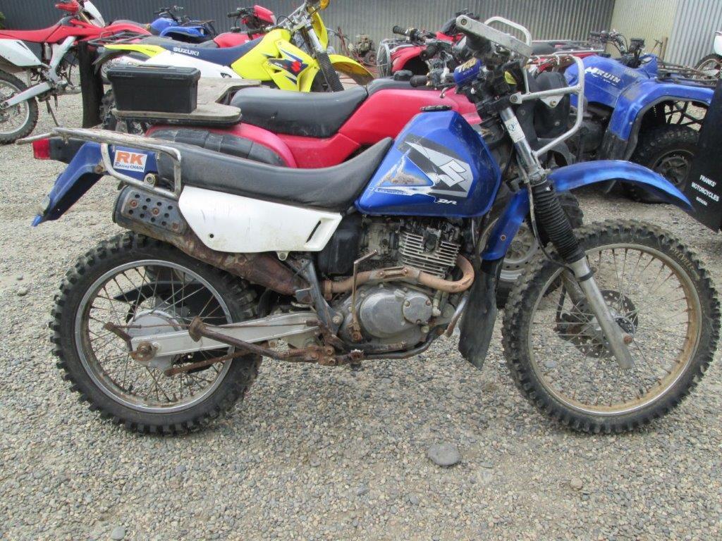 Suzuki DR200 Trojan wreck