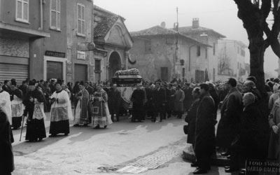 drappi per funerali
