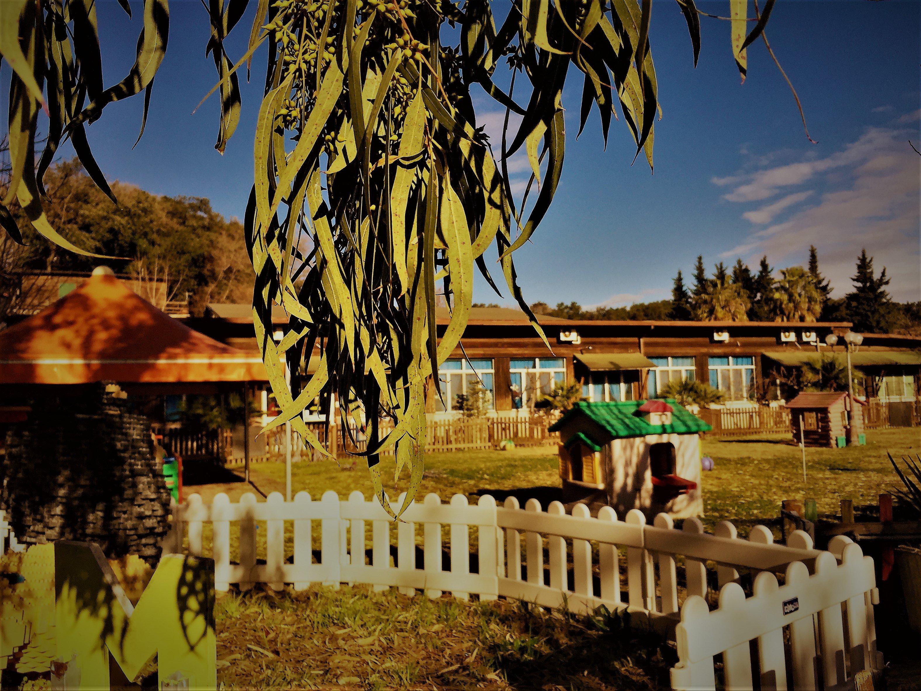 Vista del giardino dell'Asilo Mirò ad Aprilia