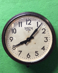 Electric Smiths clock