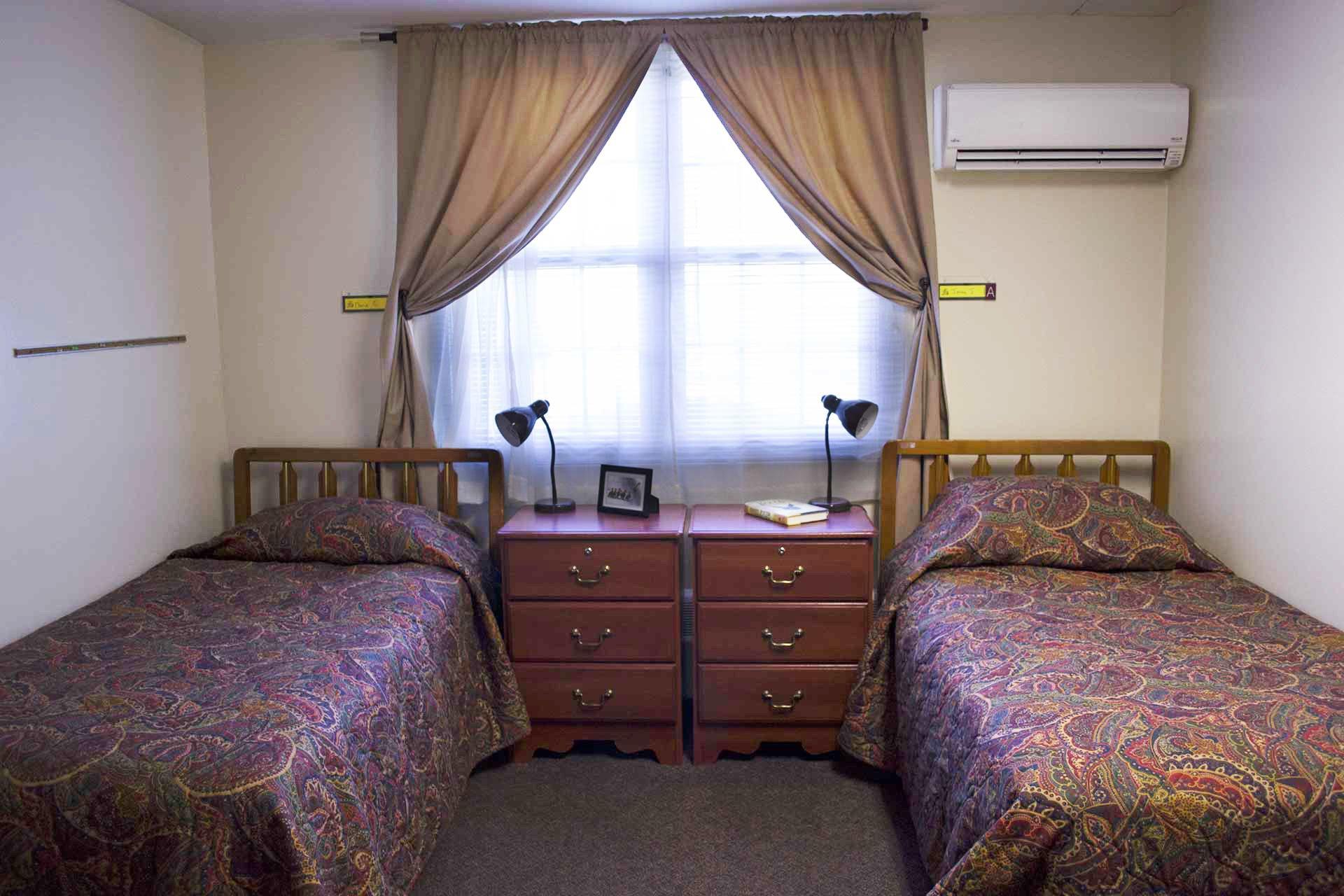 bedroom in Seafield inpatient rehab facility - Long Island & New York City NY
