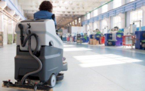 macchinario per pulizia pavimenti