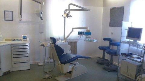 Riunito studio dentistico Oralia Udine