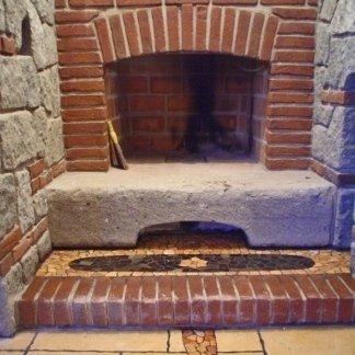 caminetto restaurato