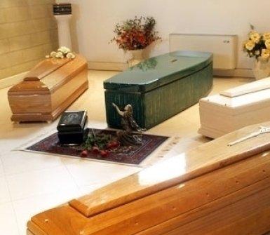 assistenza funebre, bare, cofani funebri