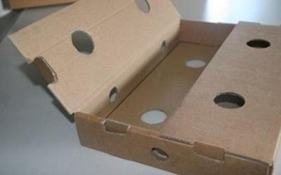Assemblaggio scatola cartone ondulato - Scatolificio SILC