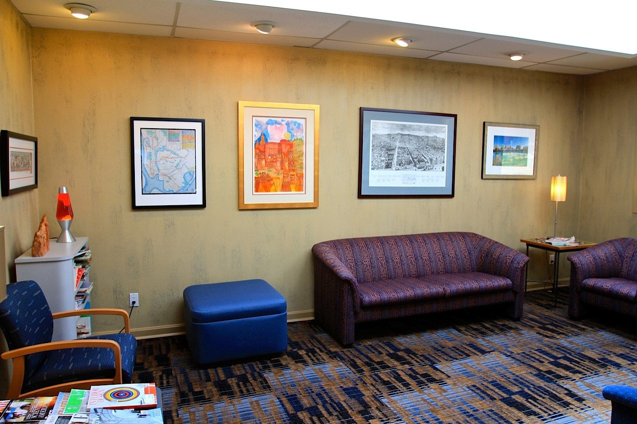 Dr. Kaplan DMD waiting area