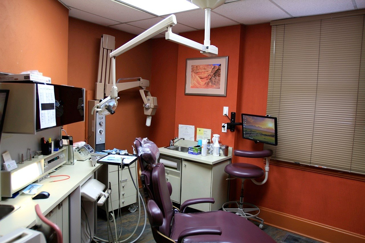 dentist chair and x-ray machine