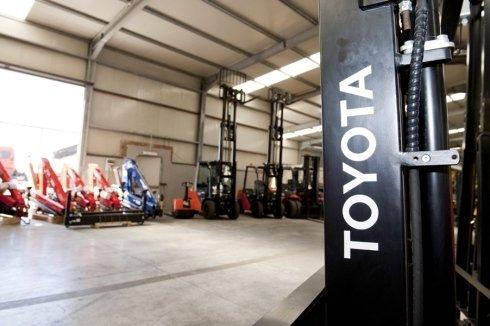 attrezzature industriali Toyota