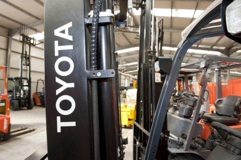 manutenzione carrelli Toyota