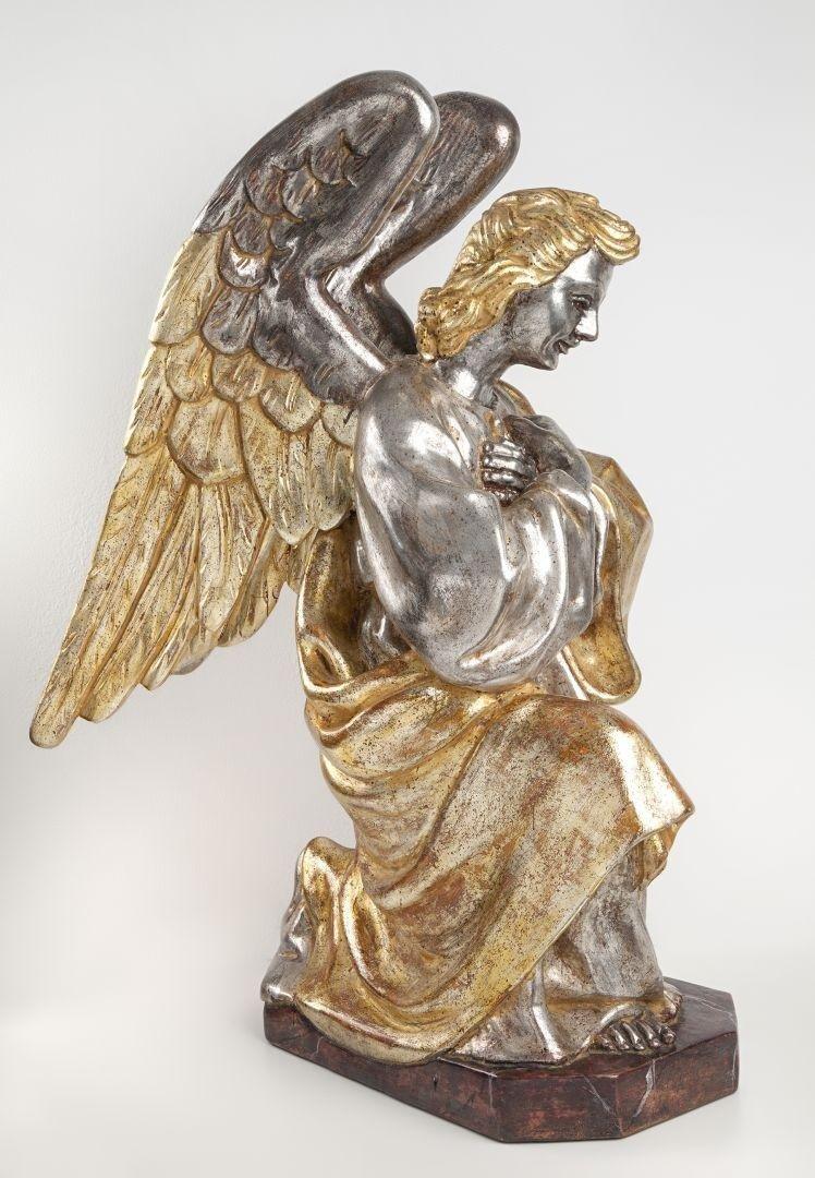Angelo in preghiera argento e mecca destro