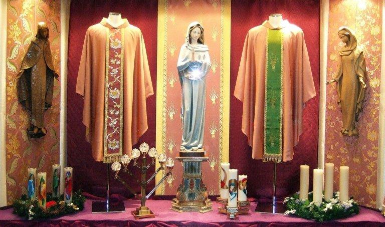 Bottega per l'Arte Sacra - paramenti