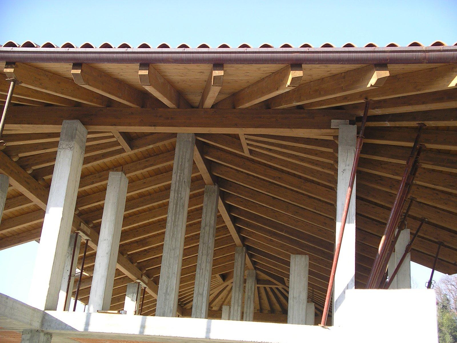ristrutturazione di un soffitto in legno