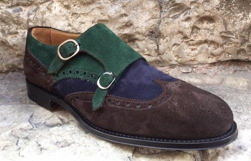 vista ravvicinata delle cuciture delle scarpe