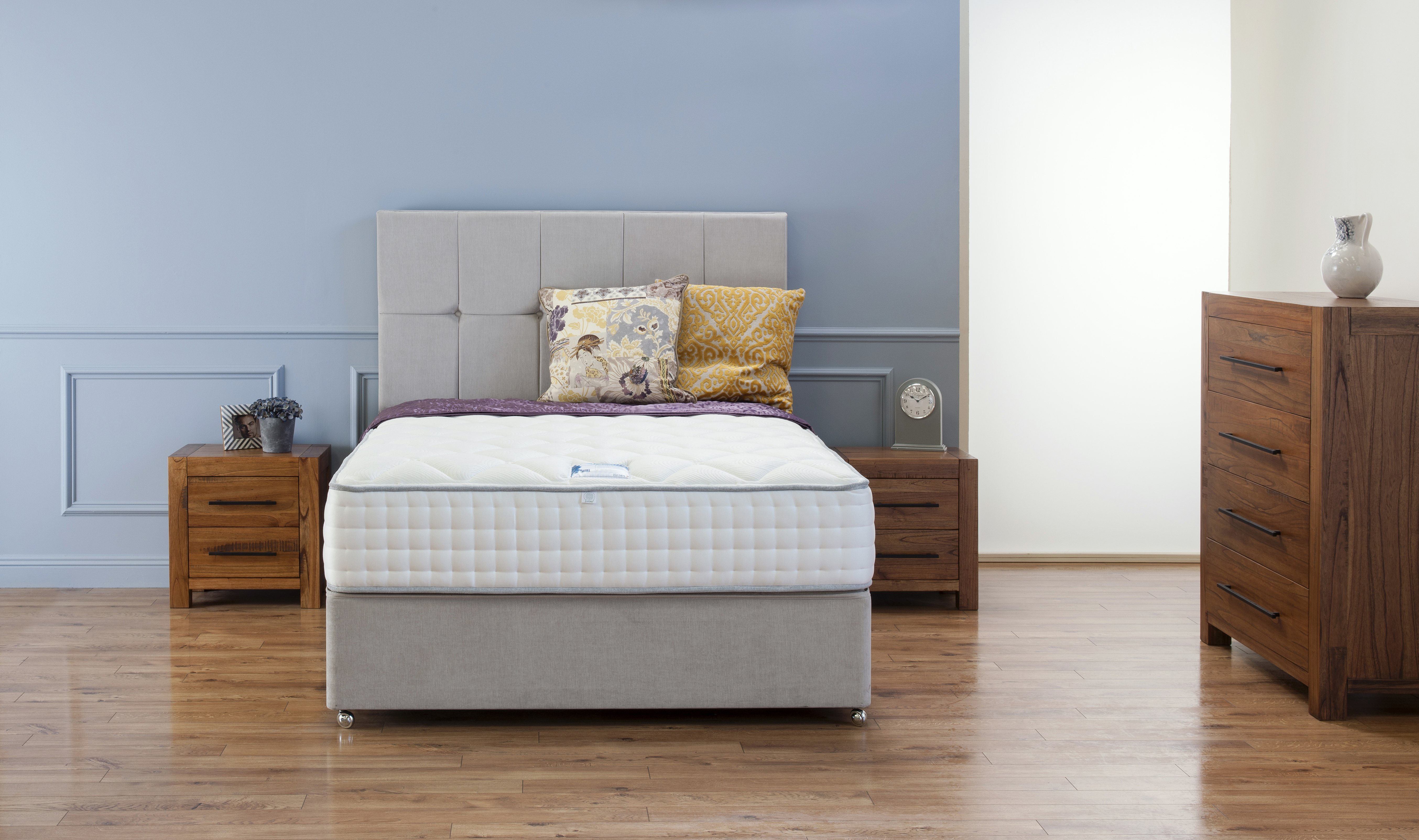 Bedroom Furniture Belfast S L Furniture  Bedroom Furniture Belfast   piazzesi us. Second Hand Bedroom Furniture Belfast. Home Design Ideas