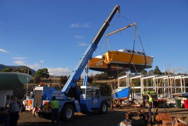 Crane Rental | Hobart | Elliott's Crane Hire Pty Ltd