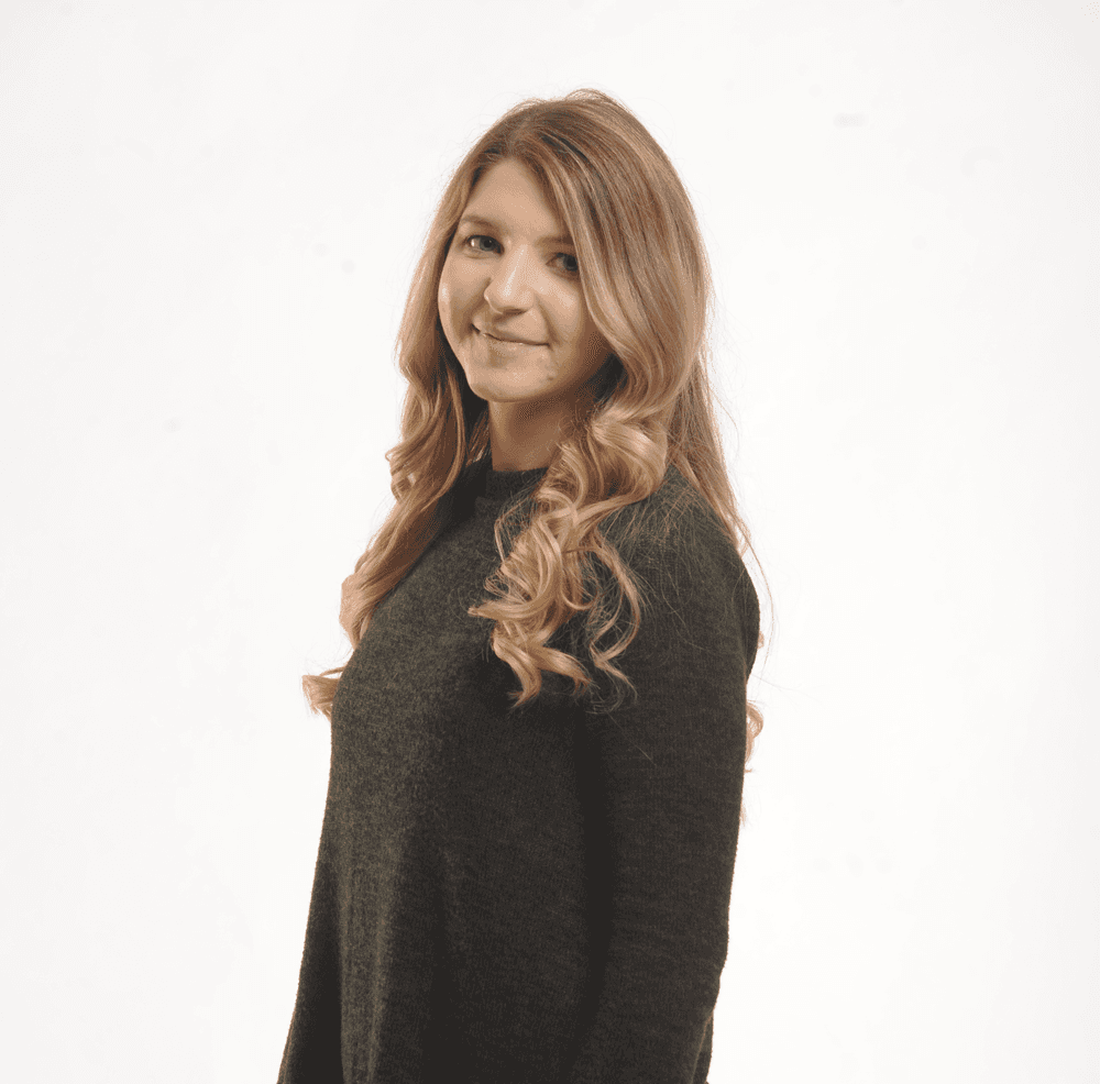 Fulfillment Specialist Taylor Glover