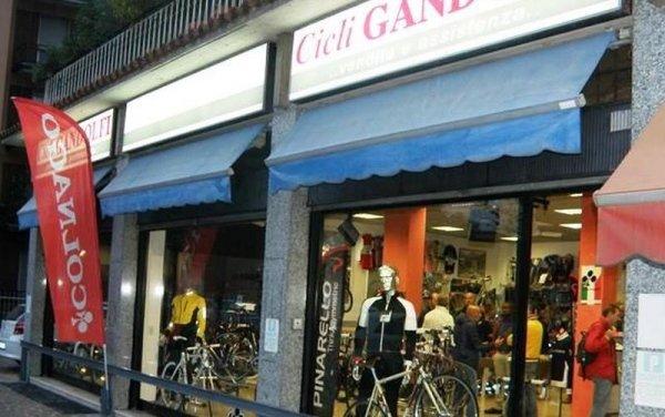 Il negozio di Cicli Gandolfi a Brescia