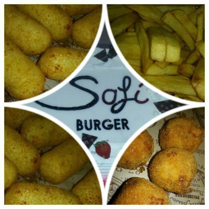 quattro tipi di diversa cottura di patate e scritta SAFI BURGER in mezzo
