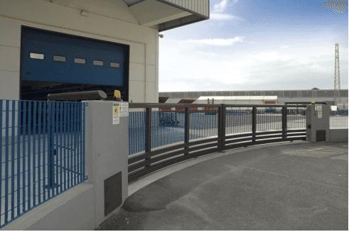 cancello scorrevole calandrato