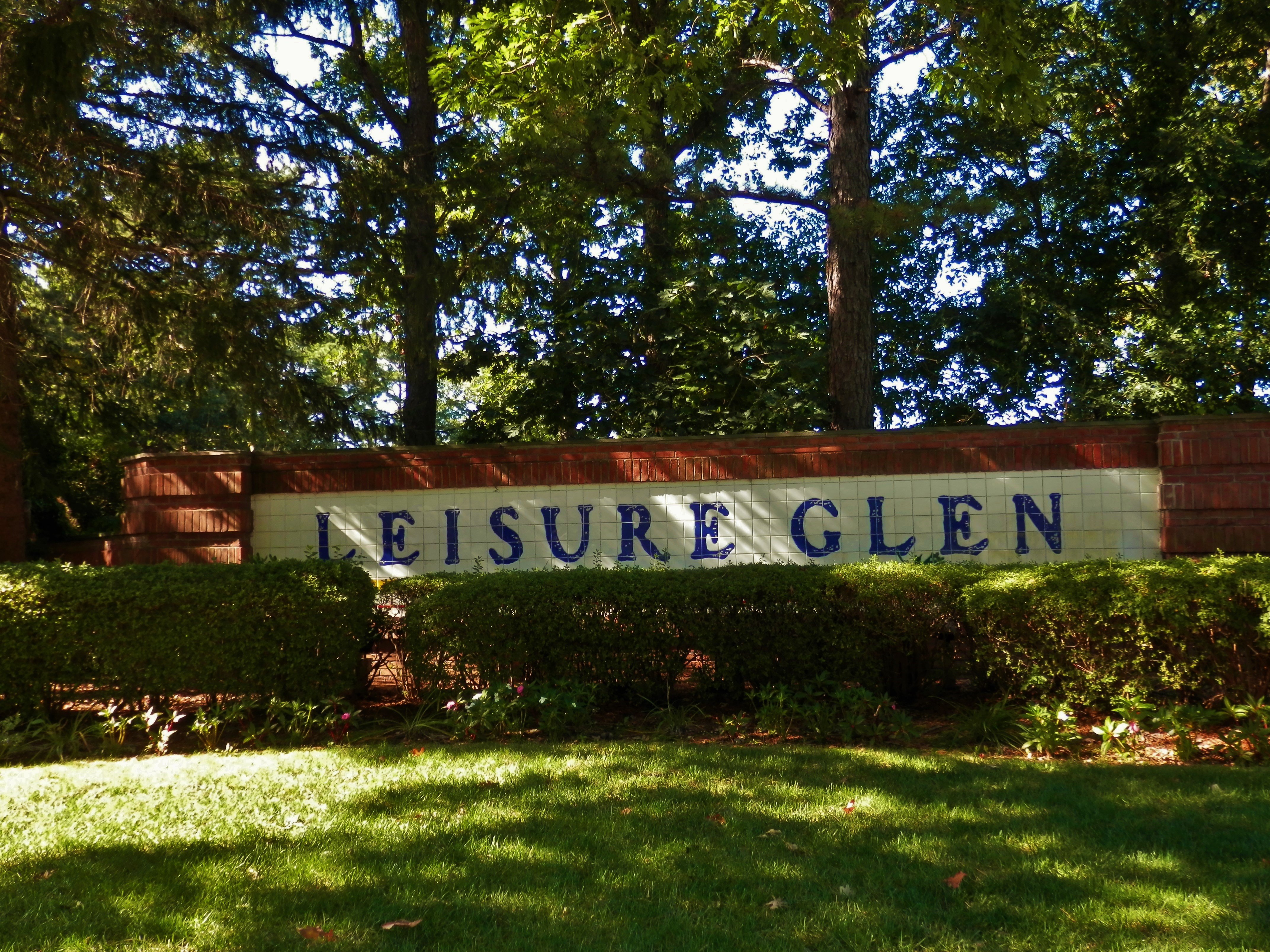 retirement communities Suffolk County, NY
