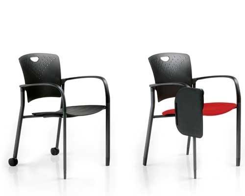 due sedie nere