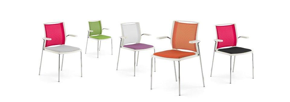 set di sedie colorate