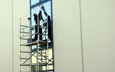 impalcatura-pulizia-vetri