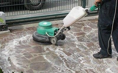 pulizia-superfici-esterne