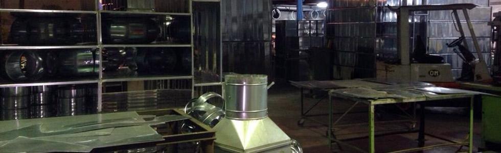 Lavorazione di lamiere in alluminio