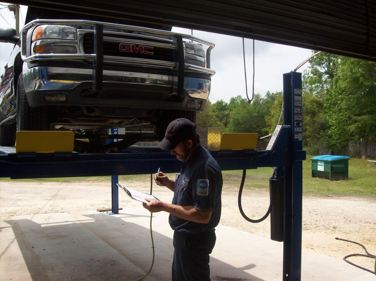 Auto Repair Service Pensacola, FL