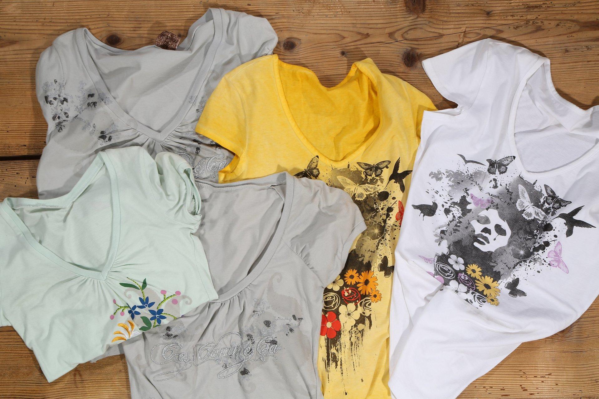 magliette con stampa da donna