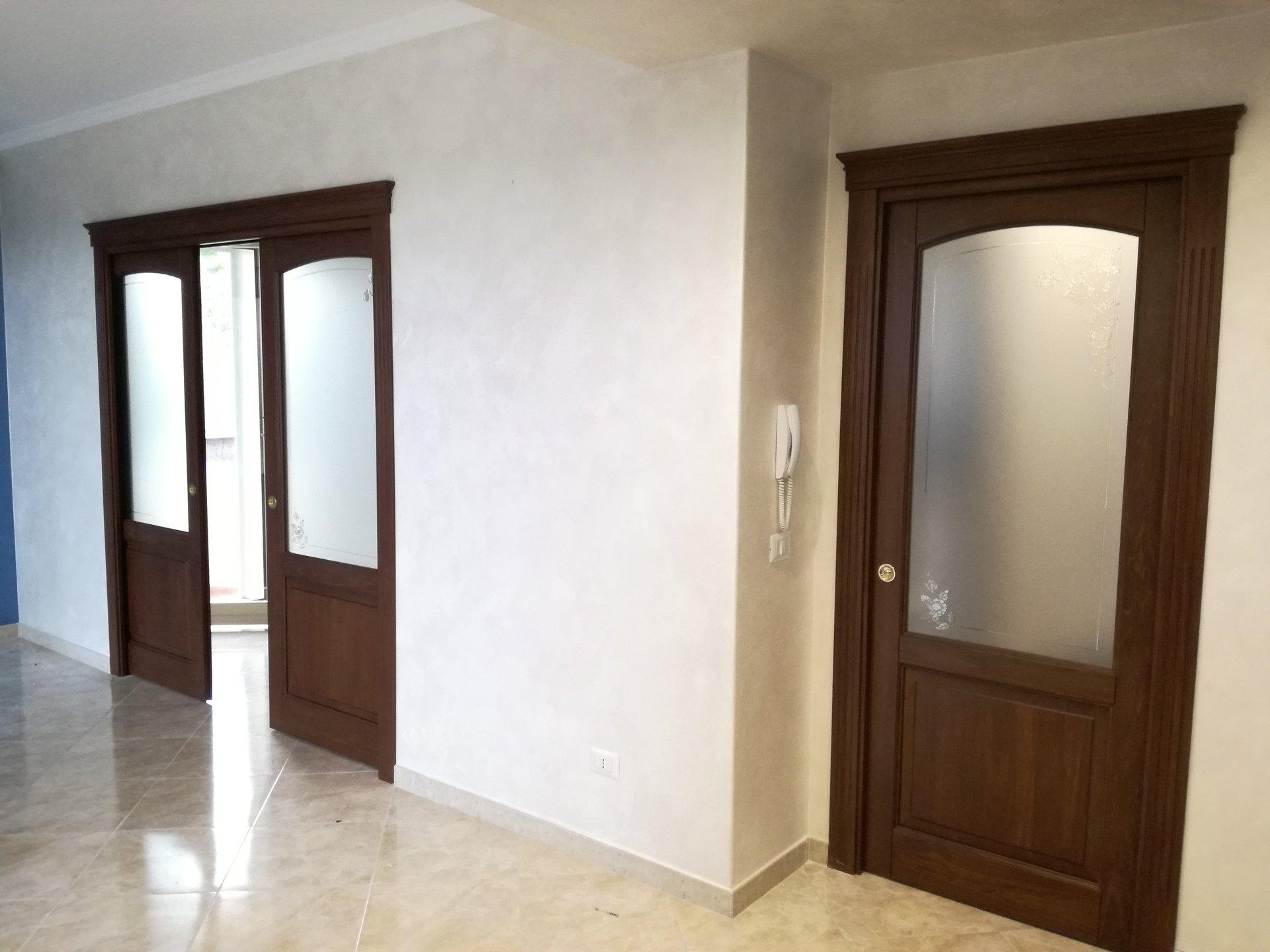 Porte In Legno Massello Prezzi : Porte sicure eleganti santa venerina ct pronta porta puglisi