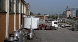 serbatoi di stoccaggio orizzontali, attrezzature per il trasporto del latte, attrezzature per la filtrazione
