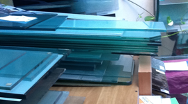 sostituzione vetri, laboratorio riparazione vetri, vetreria
