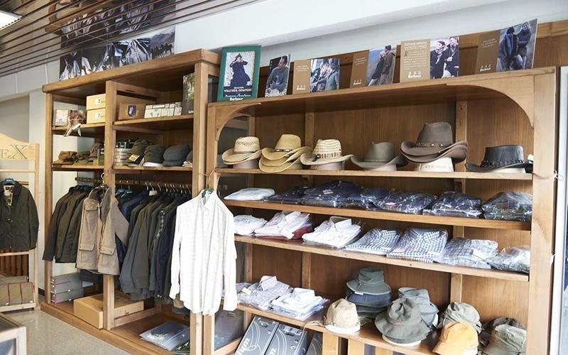 cappelli e camicie