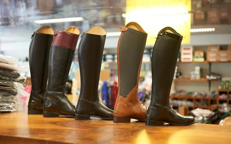 stivali per equitazione