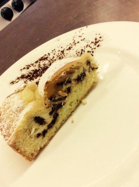 torta con ricotta e scaglie di cioccolato