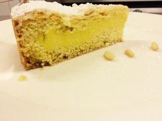 torta della nonna con pinoli