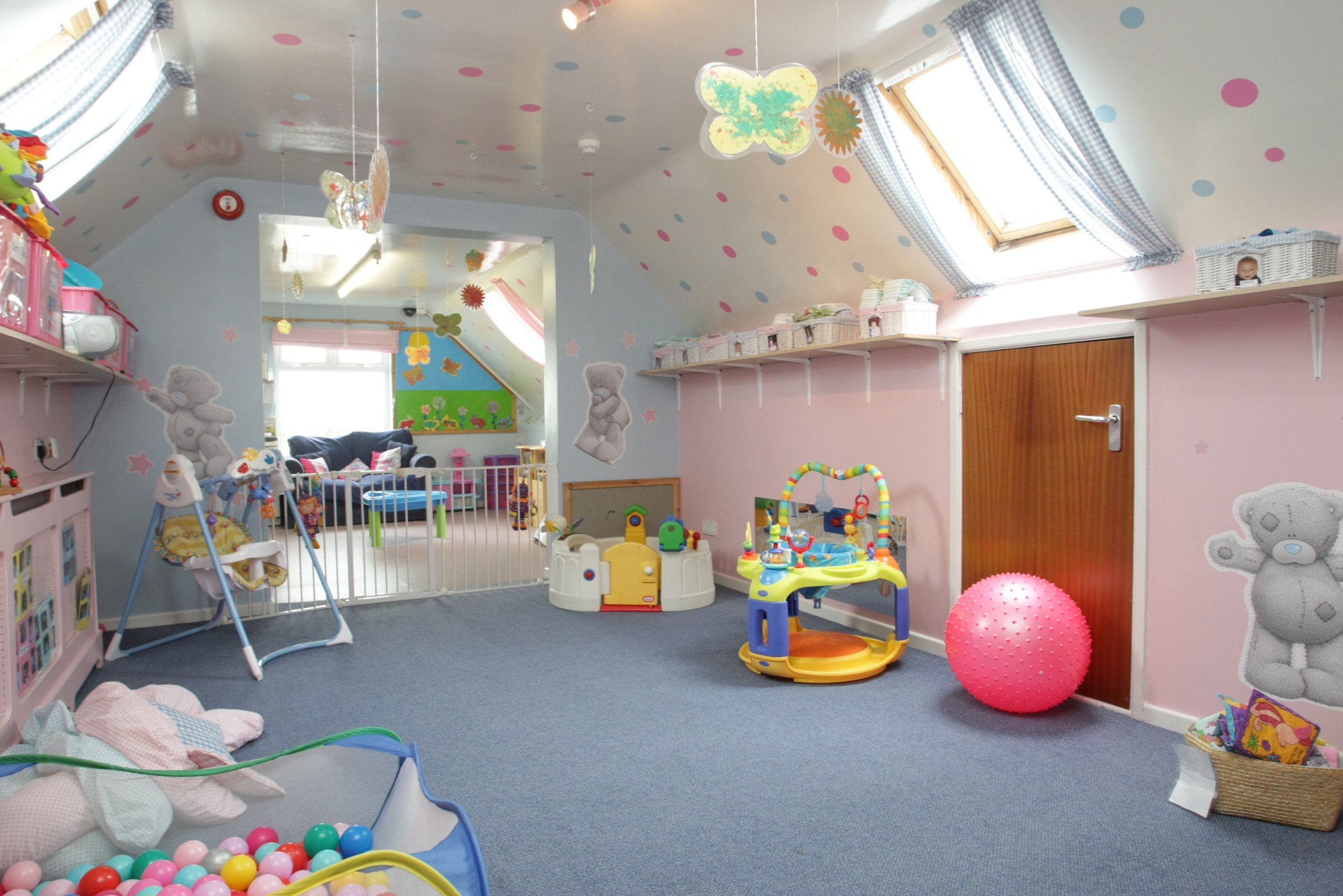 Nursery care and day nursery for babies in Bangor